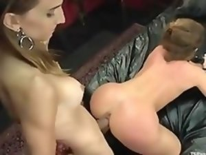Brunette hooker gets hard shemale cock in asshole