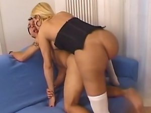 Renata loves to much her guy's ass. She wont take any rest till he pray for it. See how this juicy tranny is a really fucking machine.