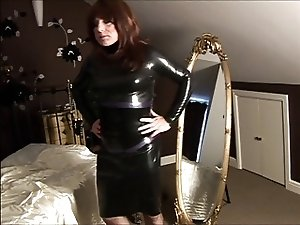 sissy silk sindy in latex
